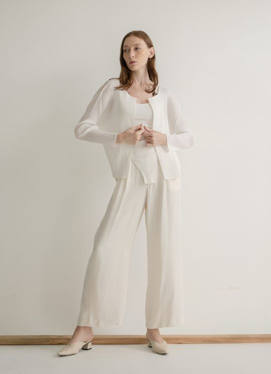 Orgeo Official Noe Outer - White