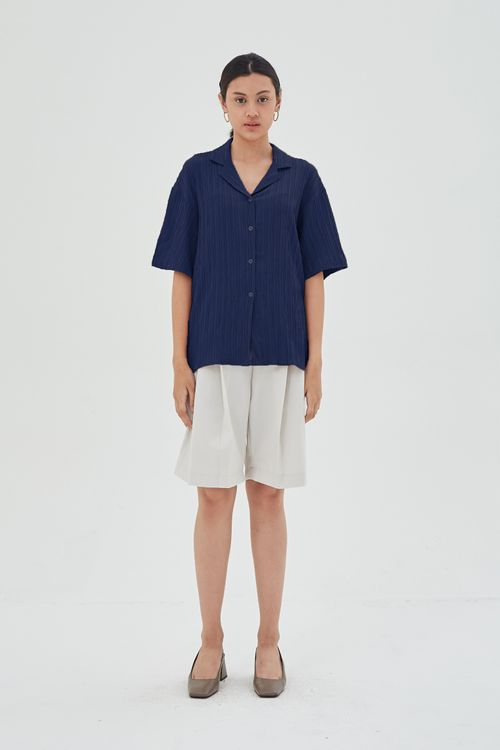 Shopatvelvet Texture Camp Collar Shirt in Navy