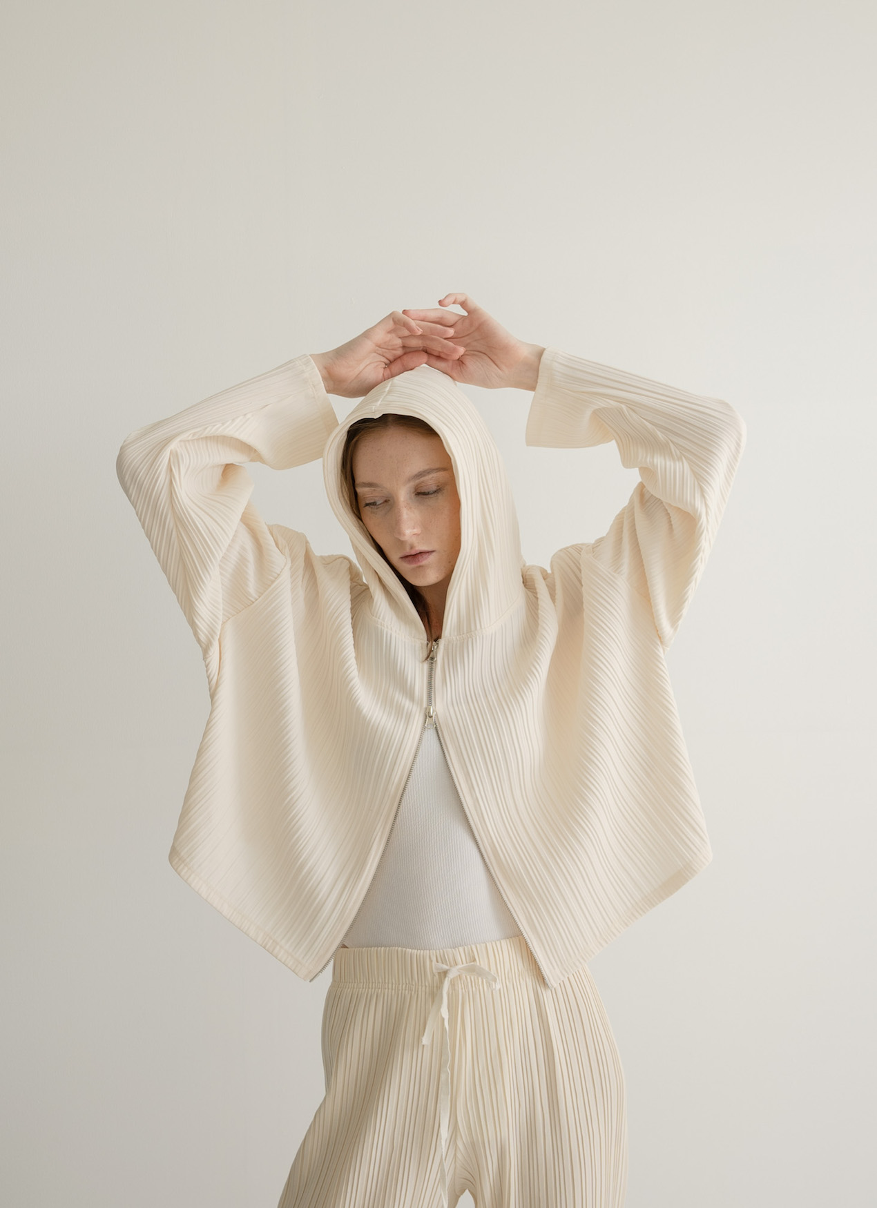 Orgeo Official Doson Outer -  Beige
