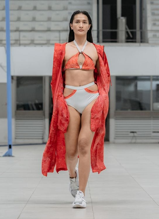 Cover Me Not Hooded Coat Medium Wide Fit Ohmm By Bay X Kelly Tandiono -Orange Red