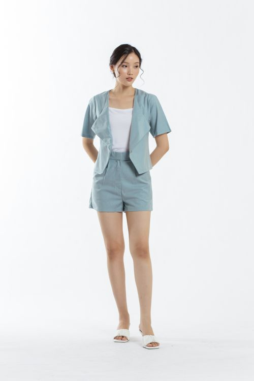 CLOTH INC Days Linen Shorts in Teal Blue